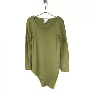 Self surroundings green asymmetrical sweater